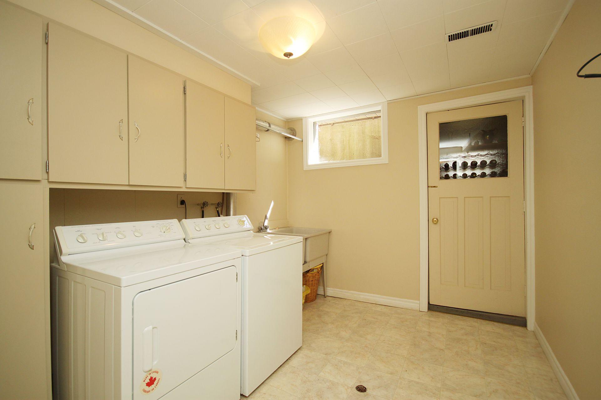 Laundry Room at 17 Olsen Drive, Parkwoods-Donalda, Toronto