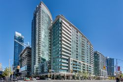 Front at 505 - 51 Lower Simcoe Street, Waterfront Communities C1, Toronto