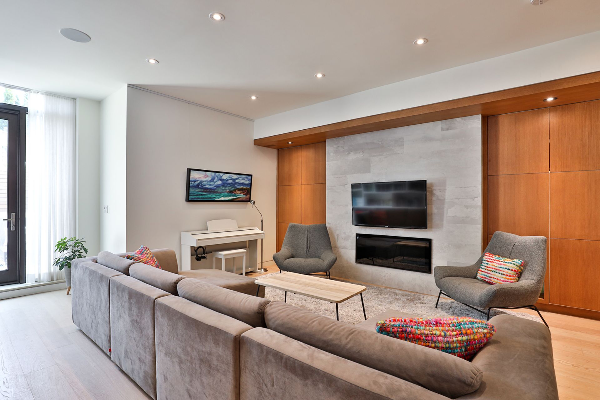 Family Room at 143 Joicey Boulevard, Bedford Park-Nortown, Toronto