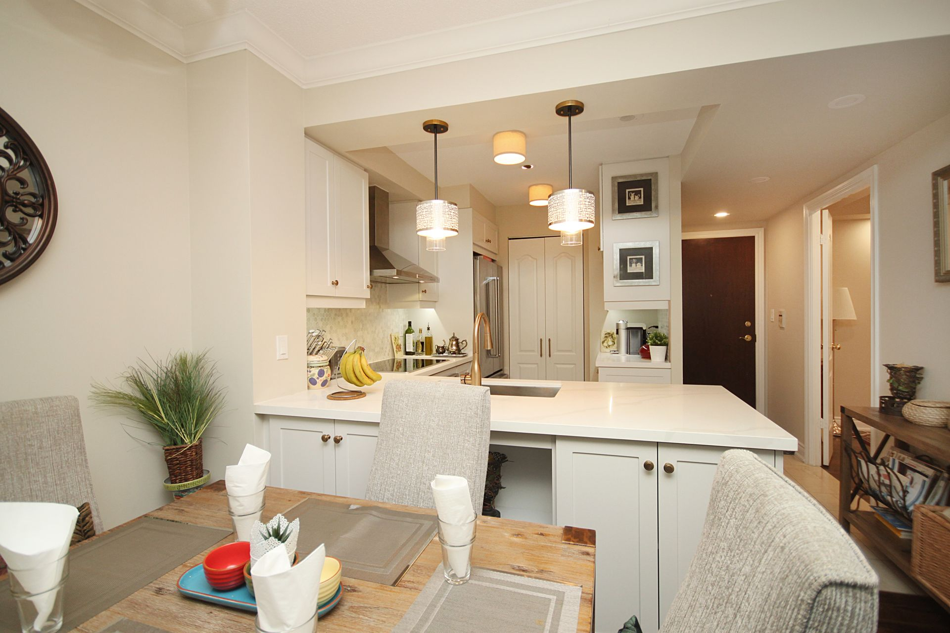 Dining Room & Kitchen at 310 - 28 William Carson Crescent, St. Andrew-Windfields, Toronto
