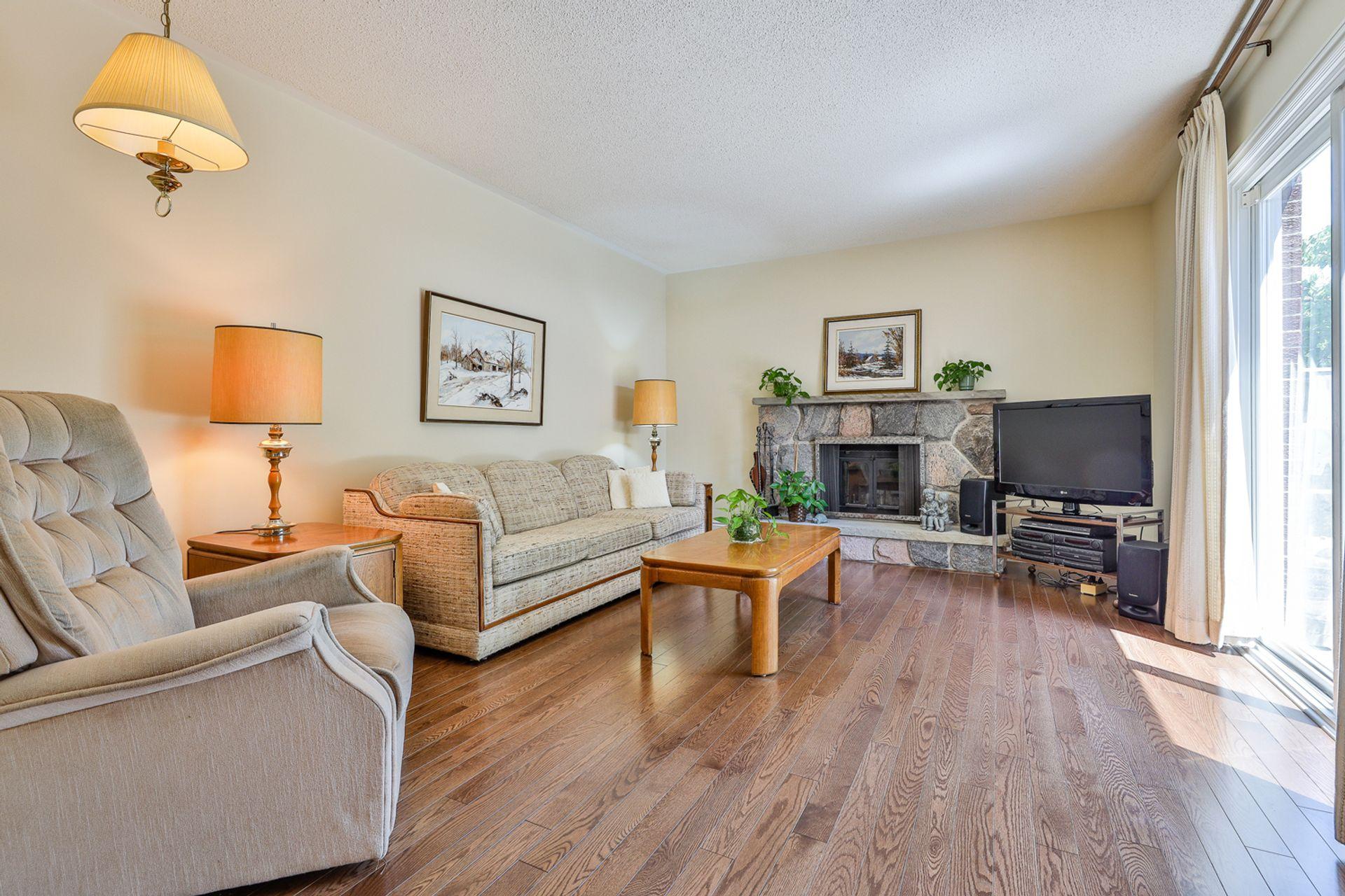 Family Room at 7 Deerpath Road, Parkwoods-Donalda, Toronto