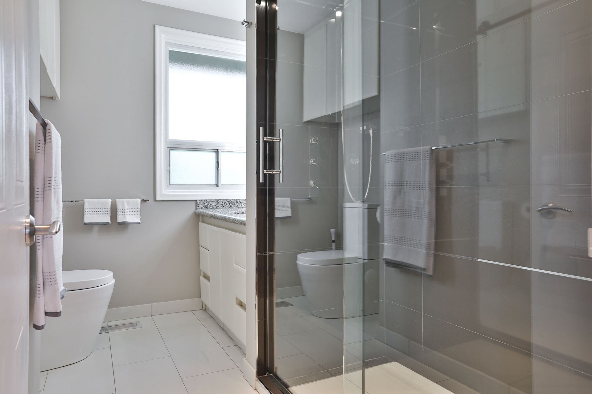 3 Piece Bathroom at 4 Legato Court, Banbury-Don Mills, Toronto