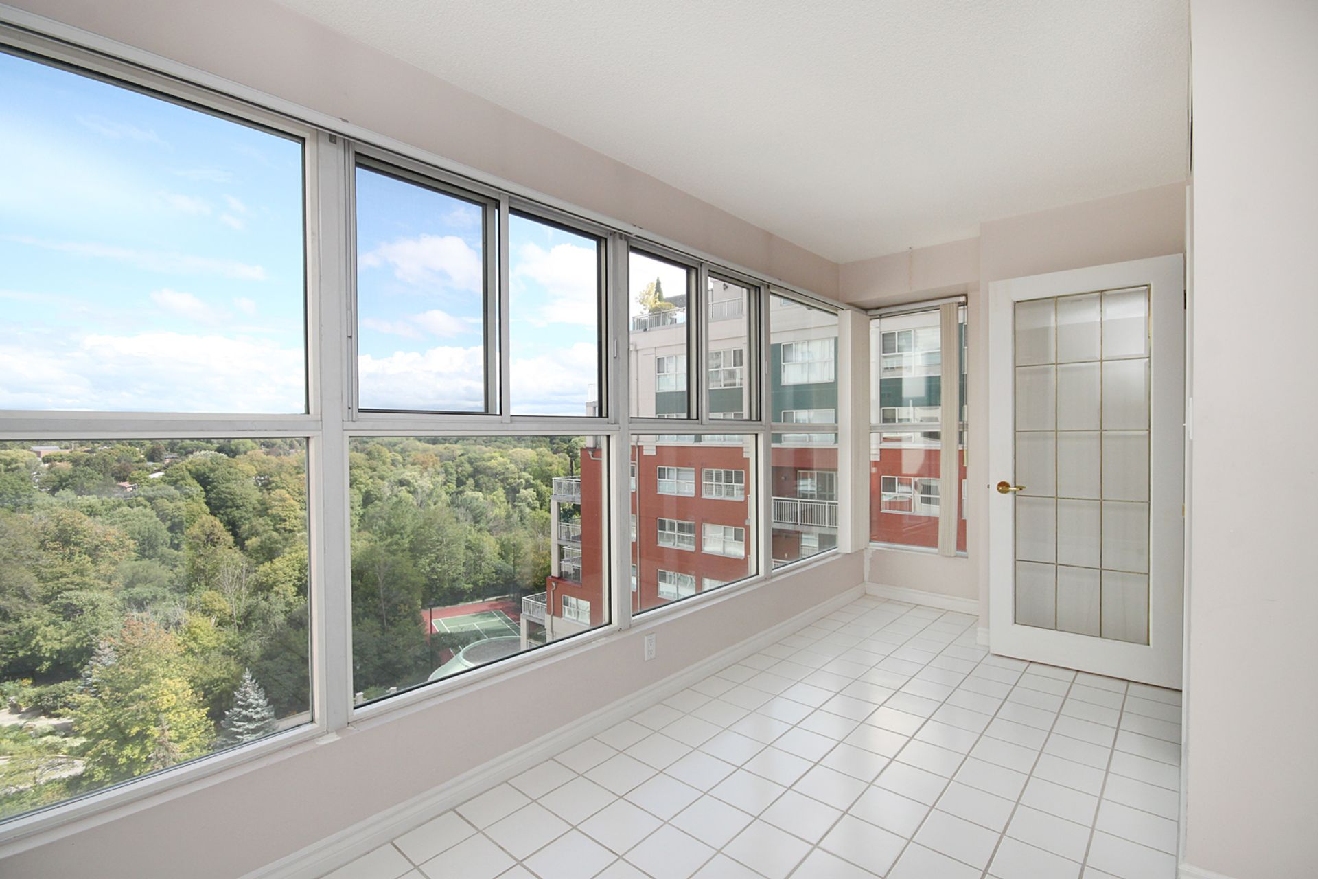 Sunroom at 810 - 18 Concorde Place, Banbury-Don Mills, Toronto