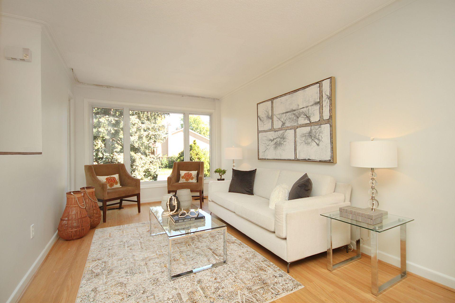 Living Room at 33 Combermere Drive, Parkwoods-Donalda, Toronto