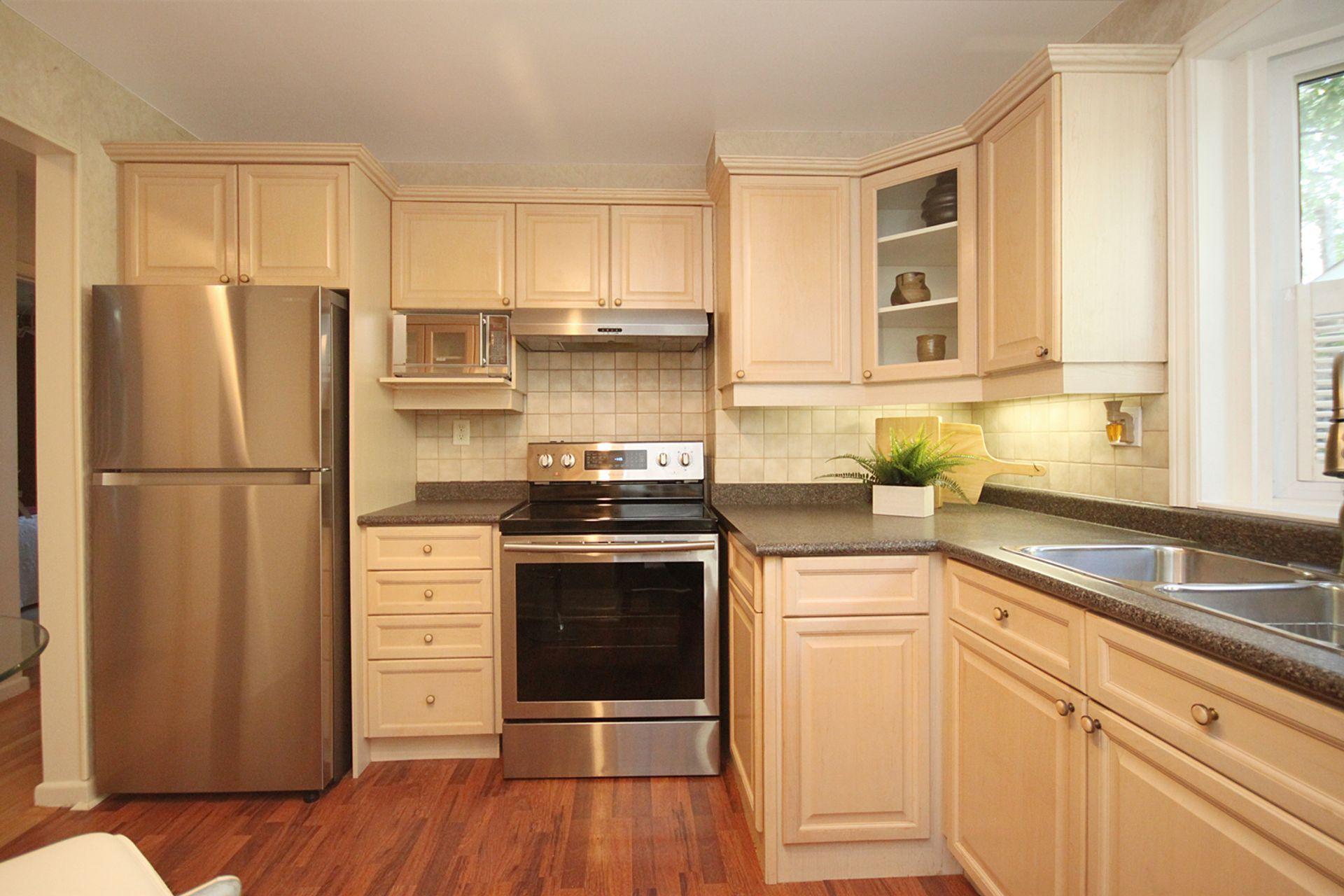 Kitchen at 33 Combermere Drive, Parkwoods-Donalda, Toronto