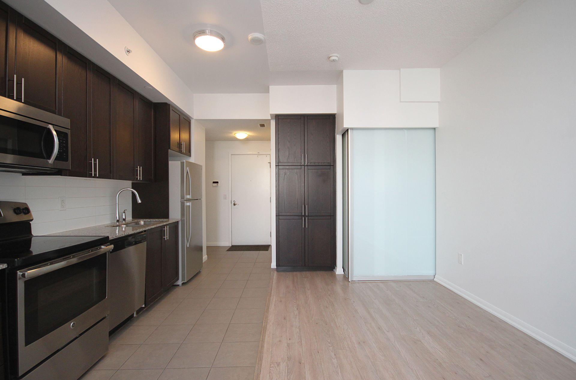 Kitchen at 814 - 830 Lawrence Avenue W, Yorkdale-Glen Park, Toronto