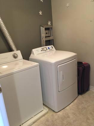 laundry-room at 1342 Guthrie Street, Leslie Park, Ottawa