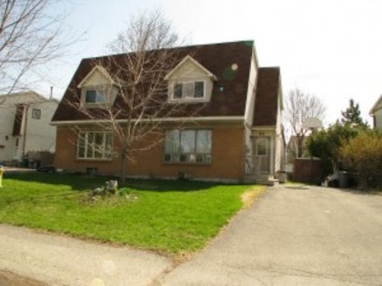 44 Winchester Drive at 44 Winchester Drive,