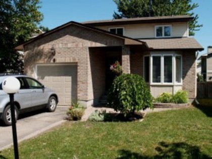 6 Sewell Way at 6 Sewell Way,