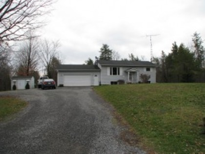 1375 7th Line Rd at 1375 7th Line Road,