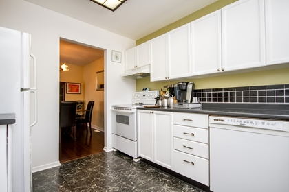 virtual-tour-235543-mls-high-res-image-14 at 9 Longden Place, Bridlewood, Kanata