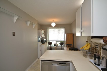 virtual-tour-250825-mls-high-res-image-29 at 212 Sherway Drive, Barrhaven, Ottawa