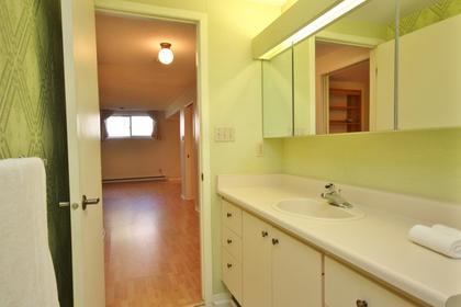 virtual-tour-178084-mls-high-res-image-40 at 17 Oakmont Court,