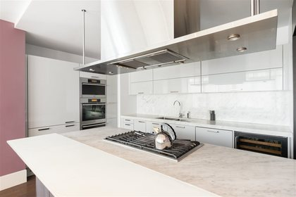 262359948-4 at 286 Beach Crescent, Yaletown, Vancouver West