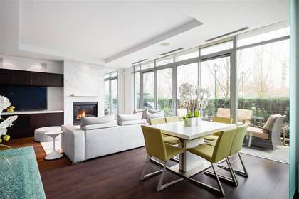 262359948-9 at 286 Beach Crescent, Yaletown, Vancouver West