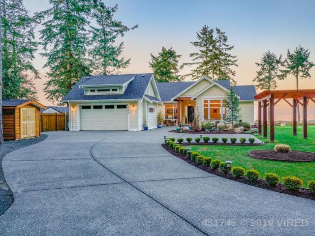 6377 Island Highway West, Qualicum Beach, BC, Islands-Van. & Gulf
