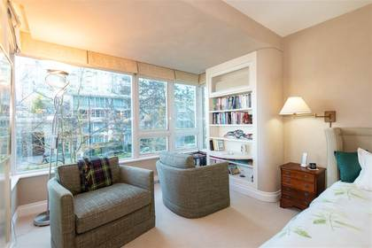 262464562-13 at TH 101 - 501 Nicola Street, Coal Harbour, Vancouver West