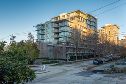 702-1675-West-8th-Ave-Vancouver-360hometours-01s-1 at 702 - 1675 8th Avenue West, Fairview VW, Vancouver West