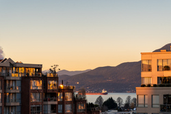 702-1675-West-8th-Ave-Vancouver-360hometours-15s-1 at 702 - 1675 8th Avenue West, Fairview VW, Vancouver West