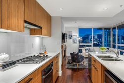 702-1675-west-8th-ave-vancouver-360hometours-05s at 702 - 1675 8th Avenue West, Fairview VW, Vancouver West