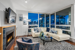 702-1675-west-8th-ave-vancouver-360hometours-15s at 702 - 1675 8th Avenue West, Fairview VW, Vancouver West