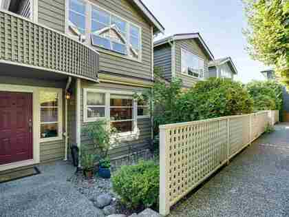 275-e-4th-street-lower-lonsdale-north-vancouver-01 at B2 - 275 E 4th Street, Lower Lonsdale, North Vancouver