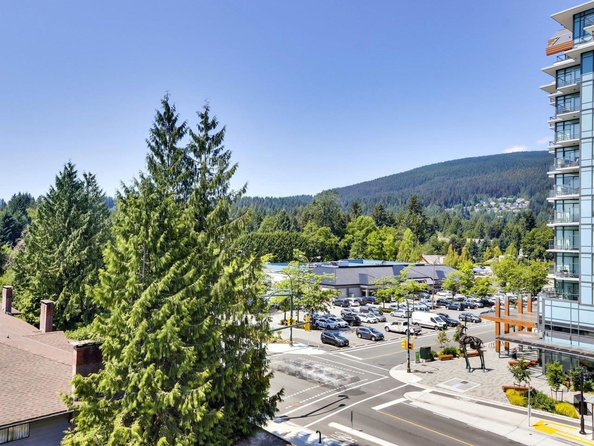 2663-library-lane-lynn-valley-north-vancouver-21-1 at 506 - 2663 Library Lane, Lynn Valley, North Vancouver