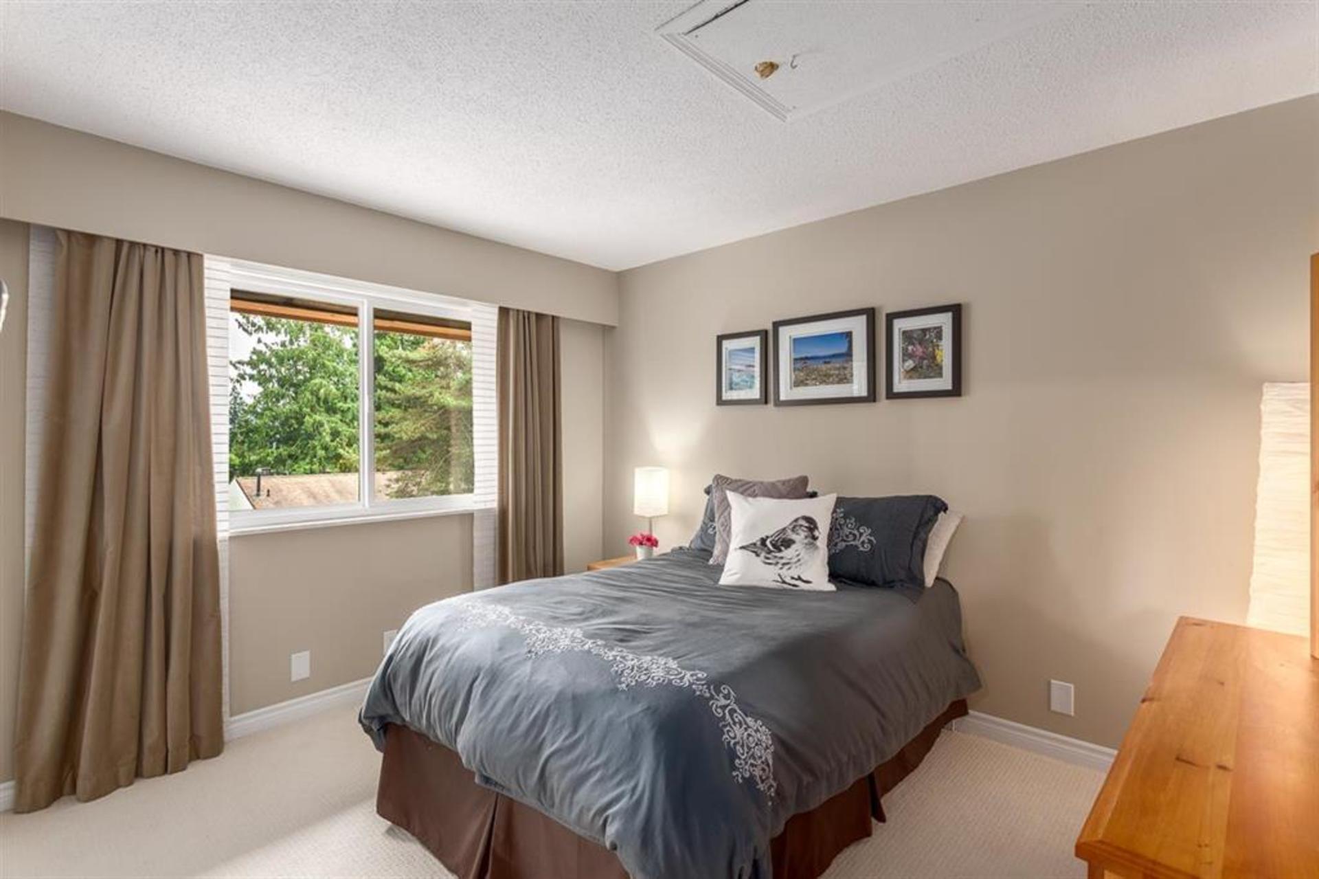 b23d359893fb659838c74661b538212e at 1542 Mcnair Drive, Lynn Valley, North Vancouver