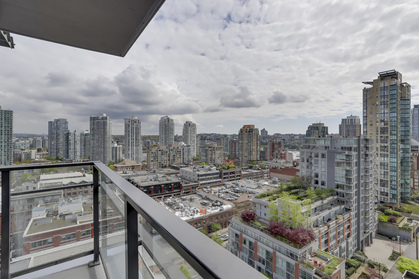 9 at 1701 - 1088 Richards Street, Yaletown, Vancouver West
