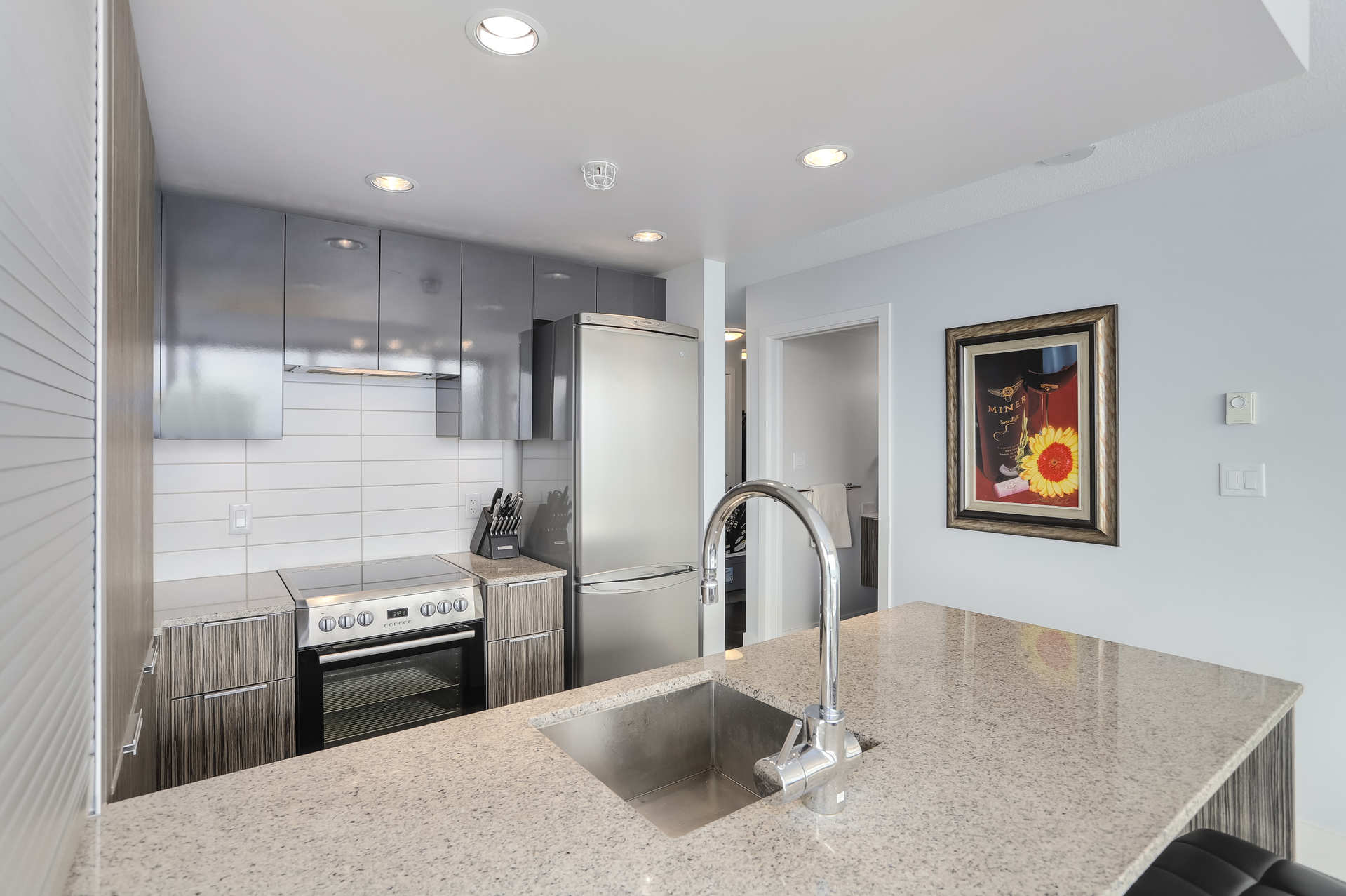 14 at 1701 - 1088 Richards Street, Yaletown, Vancouver West