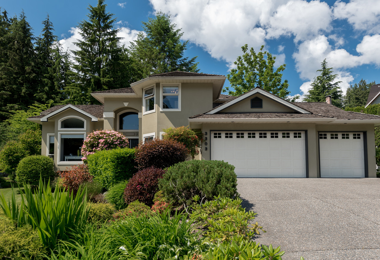 Front View at 3303 Huntleigh Court, Windsor Park NV, North Vancouver
