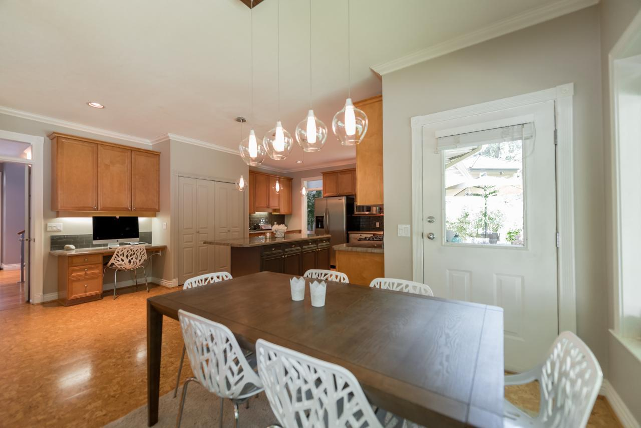 Eating Area at 3303 Huntleigh Court, Windsor Park NV, North Vancouver