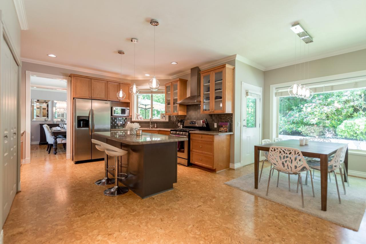 E/A Kitchen at 3303 Huntleigh Court, Windsor Park NV, North Vancouver
