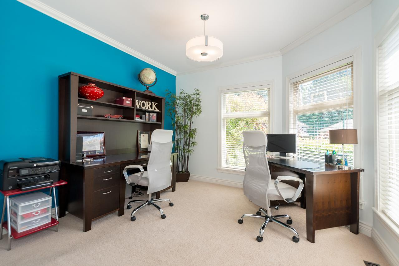 Office at 3303 Huntleigh Court, Windsor Park NV, North Vancouver