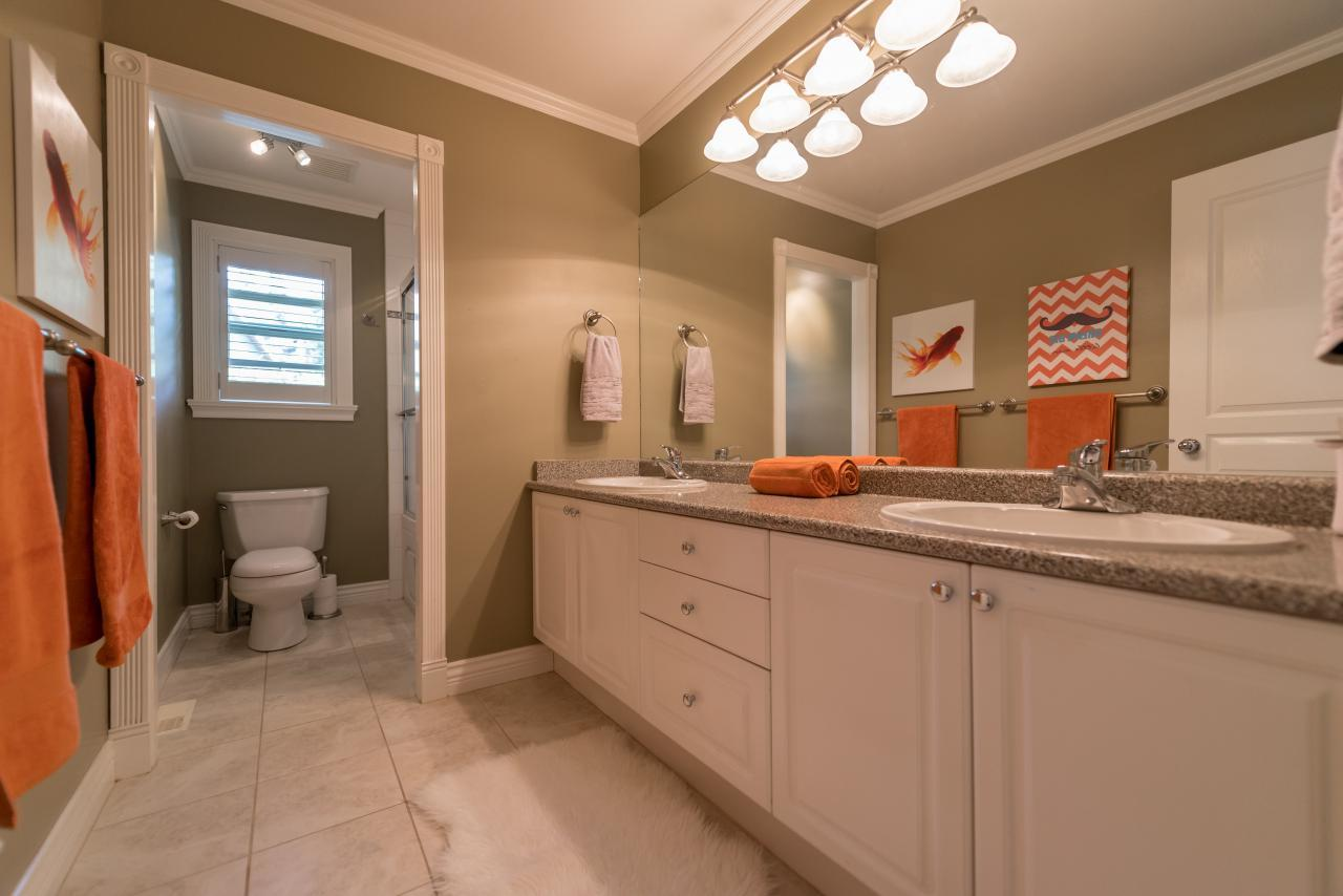 Main Bathroom at 3303 Huntleigh Court, Windsor Park NV, North Vancouver