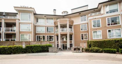406 - 3629 Deercrest Drive, Roche Point, North Vancouver 2