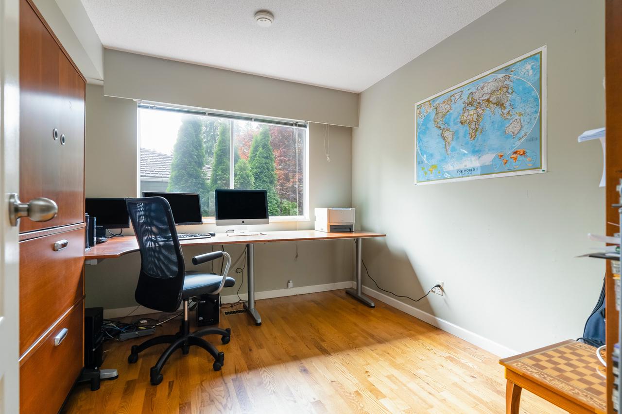 575-e-braemar-rd-office at 575 East Braemar Road, Braemar, North Vancouver