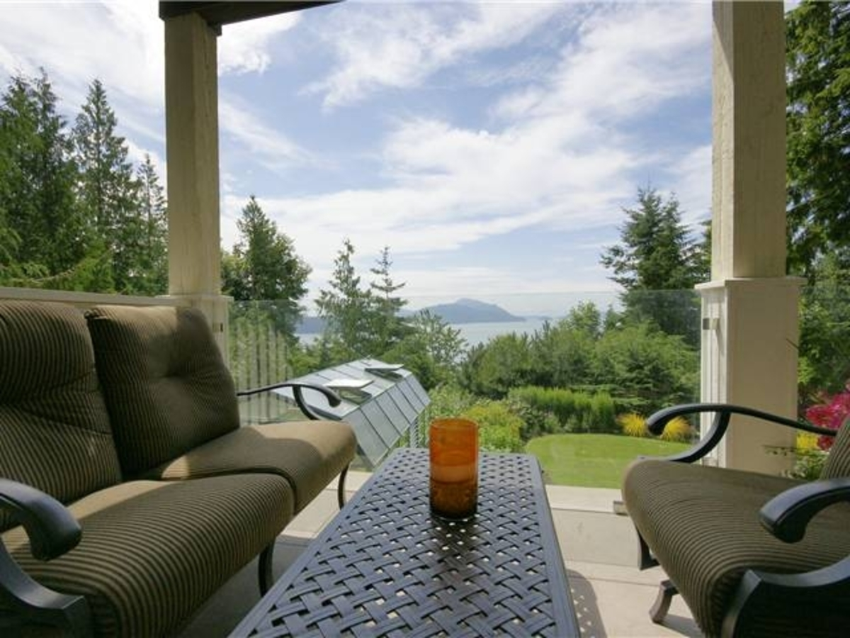 190 Mountain Dr Deck at 190 Mountain Drive, Lions Bay, West Vancouver