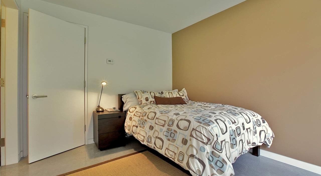 2924 Altamont Cres Bed 3 at 2924 Altamont Crescent, Altamont, West Vancouver