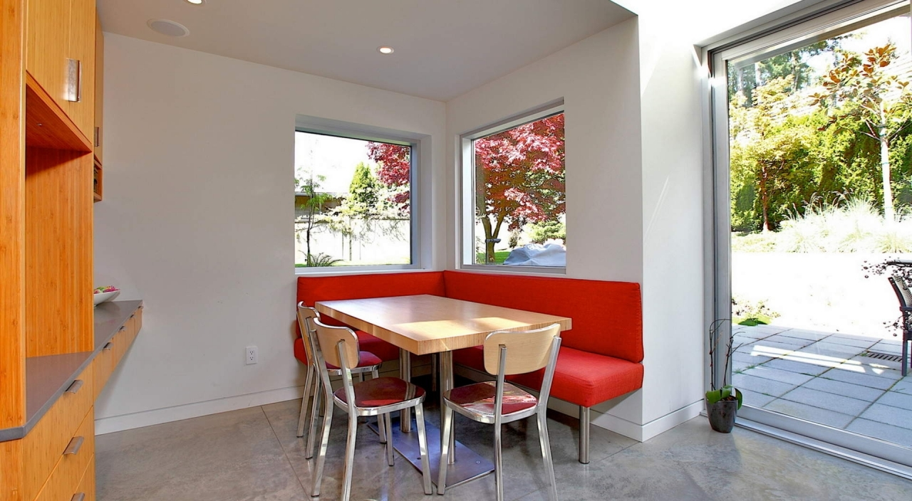 2924 Altamont Cres Eating Area at 2924 Altamont Crescent, Altamont, West Vancouver