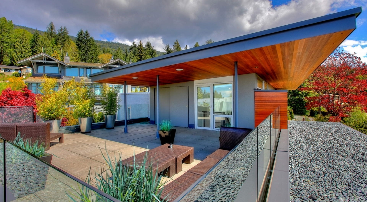 2924 Altamont Cres View Deck 1 at 2924 Altamont Crescent, Altamont, West Vancouver