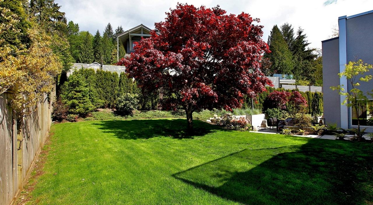 2924 Altamont Cres West Yard at 2924 Altamont Crescent, Altamont, West Vancouver