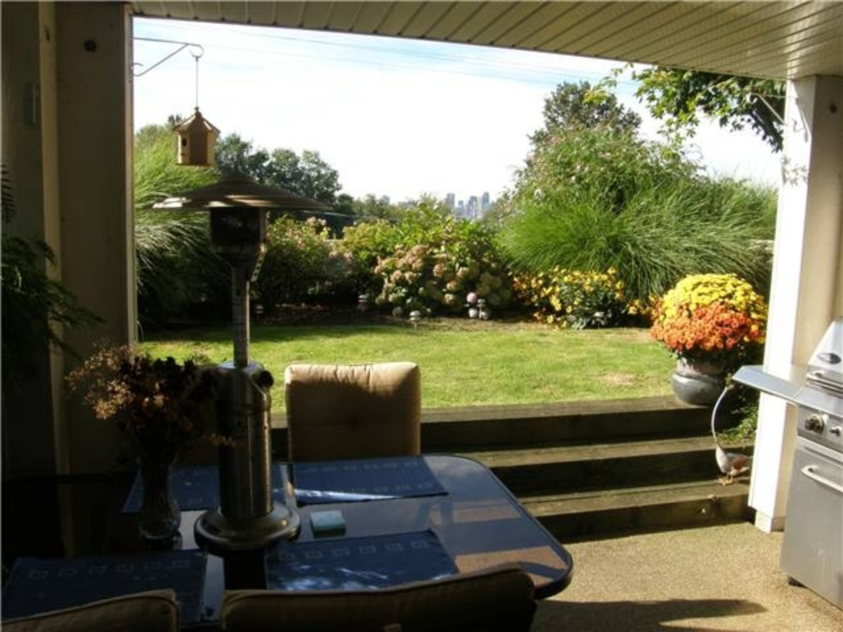 106 Patio garden at 106 - 365 East 1st, Lower Lonsdale, North Vancouver
