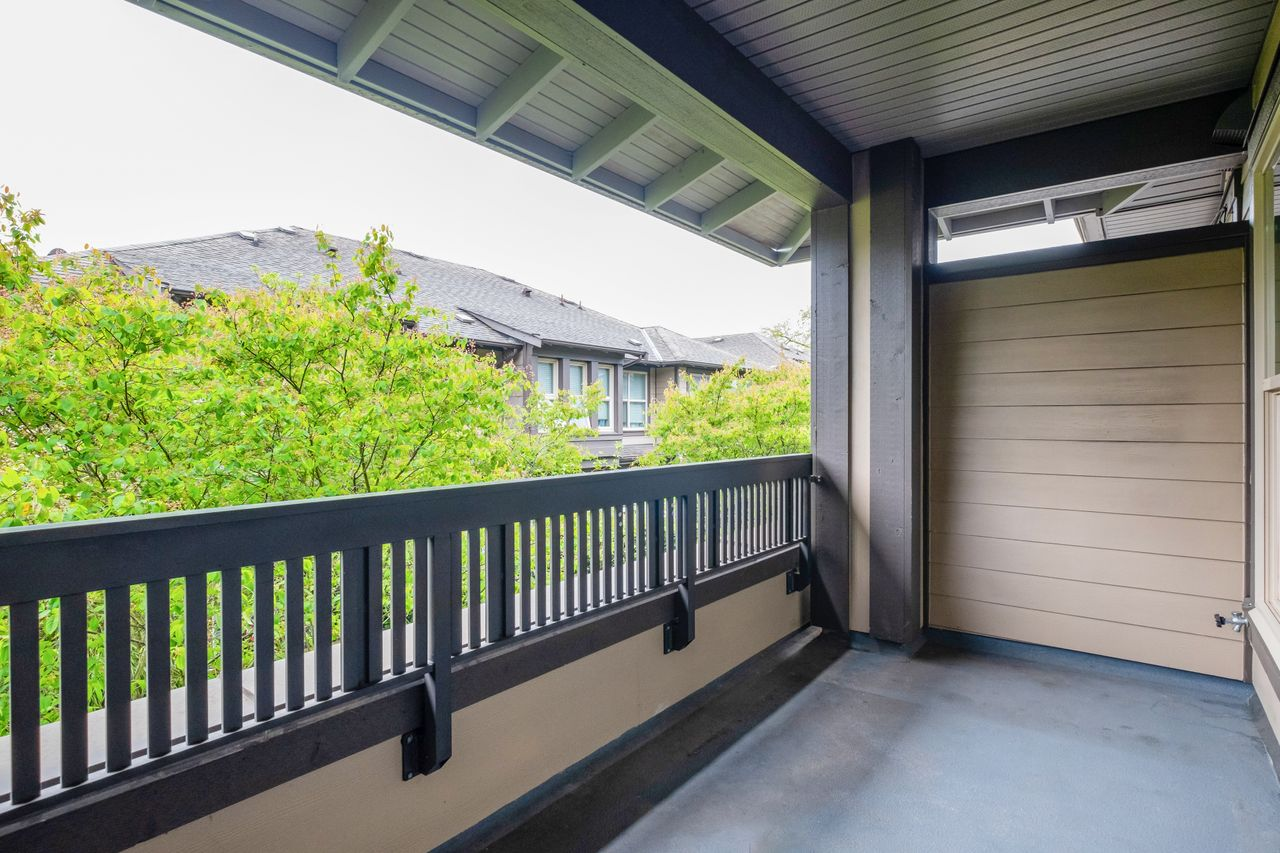 7-307-e-15th-st-balcony at 7 - 307 E 15th Street, Central Lonsdale, North Vancouver
