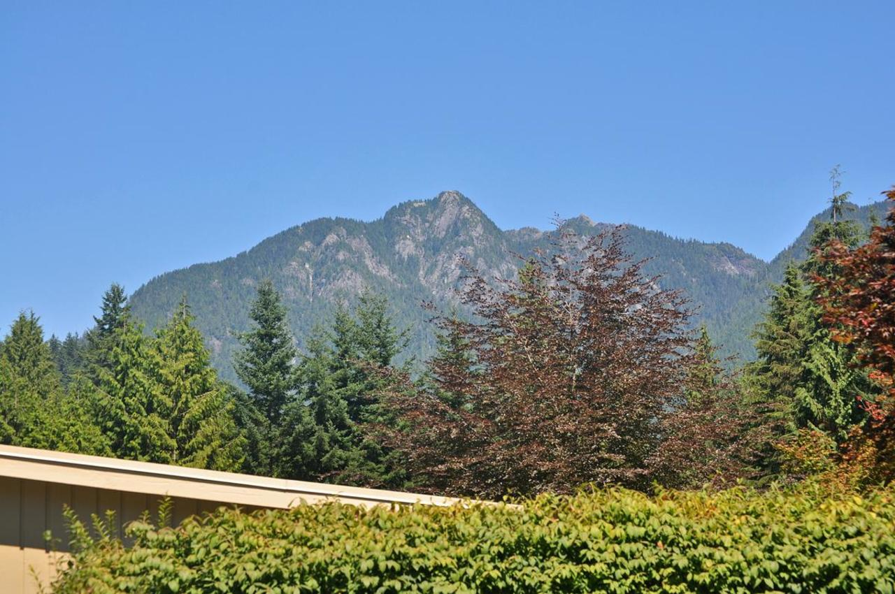 Mountain View at 409 Southborough Drive, British Properties, West Vancouver