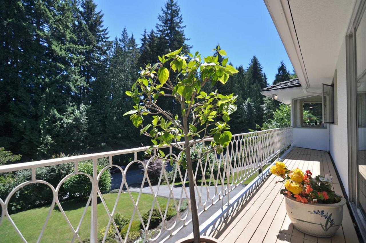 front Balcony at 409 Southborough Drive, British Properties, West Vancouver