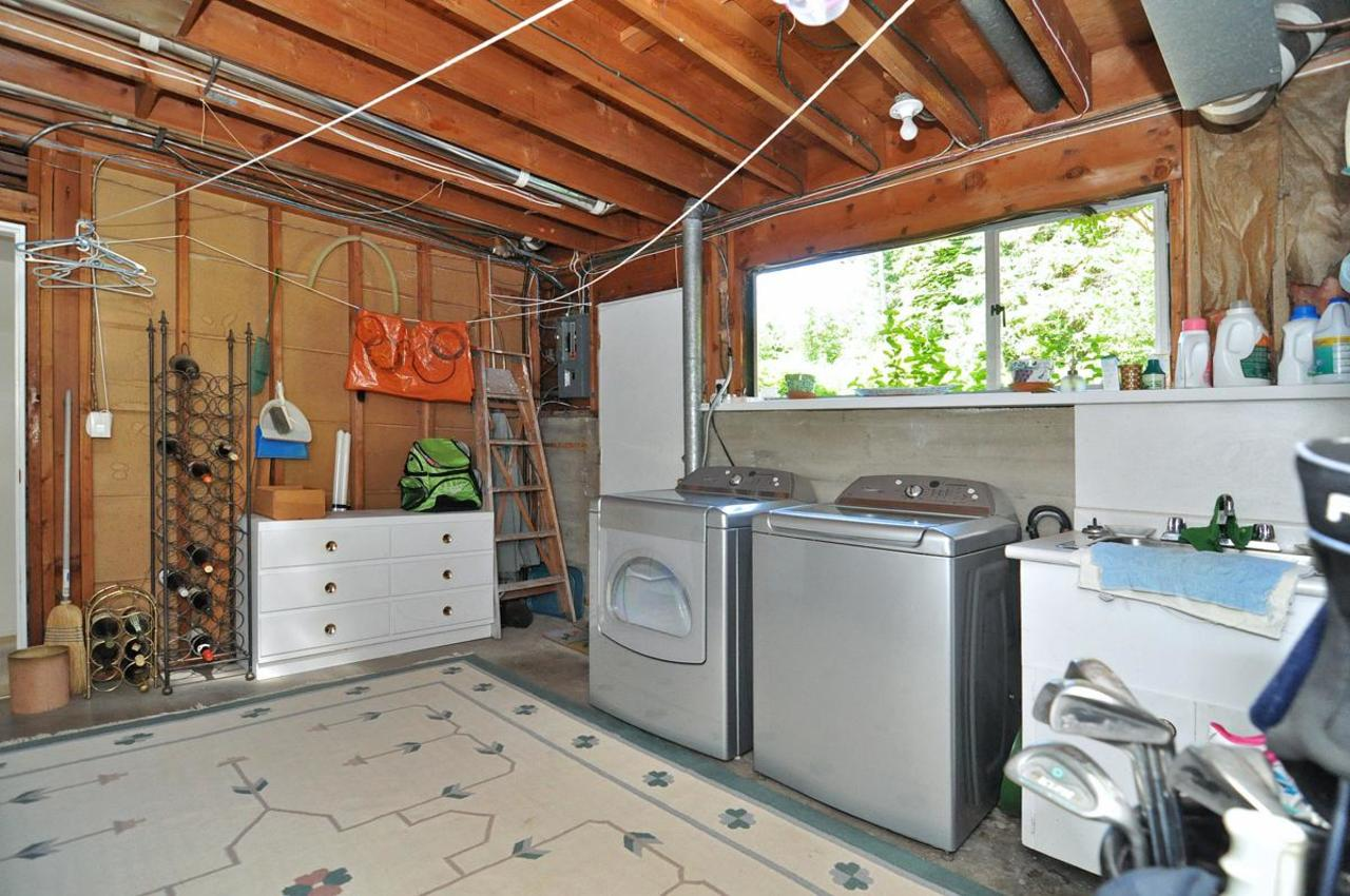 Laundry Room at 409 Southborough Drive, British Properties, West Vancouver