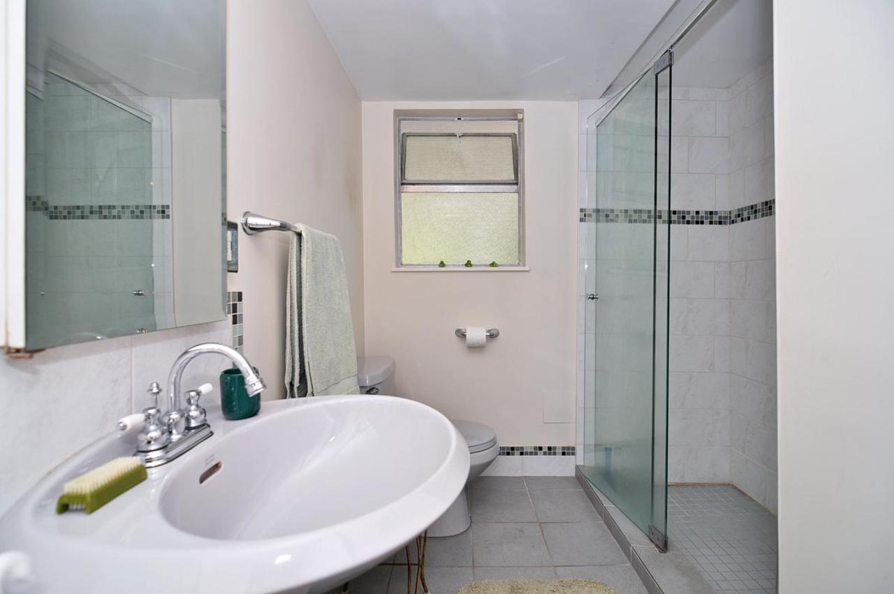 Basement Bathroom at 409 Southborough Drive, British Properties, West Vancouver
