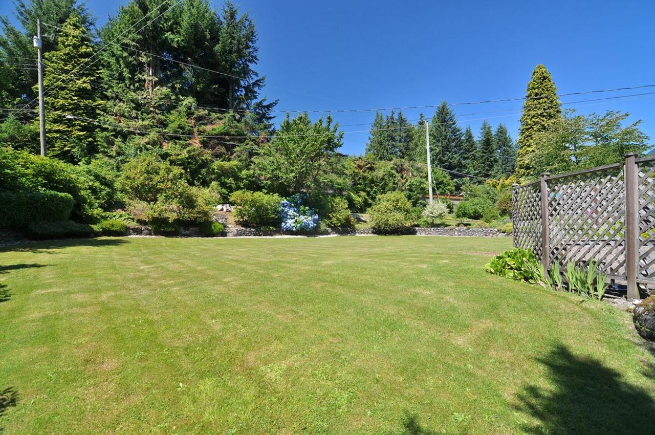 Rear Yard at 409 Southborough Drive, British Properties, West Vancouver