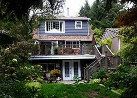 1065 Prospect Avenue, Canyon Heights NV, North Vancouver 3